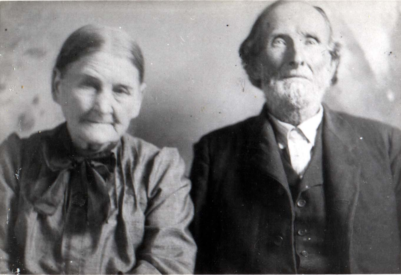 Henry and Susannah DeWitt Thornton 1910